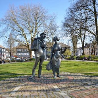 Das Bandwirker-Denkmal in Wuppertal-Ronsdorf